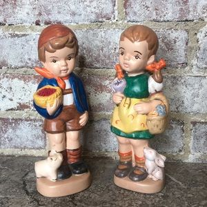 2 Vintage 1970s Statuette Decoration Girl Boy